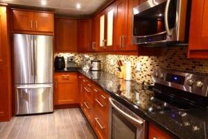 5 Reasons to Reface Your Cabinets Instead of Replacing Them